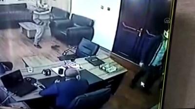 akalan - ŞANLIURFA - Belediyenin hukuk danışmanına yönelik silahlı saldırıya ilişkin görüntüler ortaya çıktı
