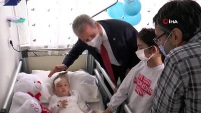 - Perinçek ailesi EÜ Hastanesinde bir araya geldi