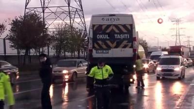 trafik yogunlugu -  - Başakşehir'de servis minibüsü devrildi: 14 yaralı