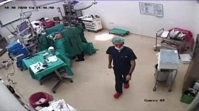 Ameliyat yaparken depreme yakalandılar - İZMİR