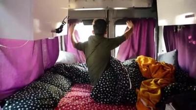 saglik calisani - Fedakar sağlık çalışanı yakınlarını korumak için hayatını karavana sığdırdı - KONYA