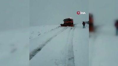 Mevsimin ilk karla mücadele çalışması başladı