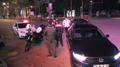 HATAY - Kısıtlamanın ardından cadde ve sokaklar sessizliğe büründü