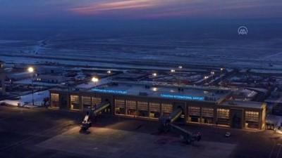 ucak seferleri - TÜRKİSTAN - Türk firması imzası taşıyan Türkistan Uluslararası Havalimanı hizmete açıldı