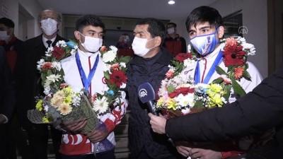 BOLU - Avrupa Artistik Cimnastik Şampiyonası'nda madalya kazanan milli sporcular döndü