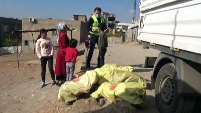 komur yardimi - ŞIRNAK - Yardımeli Derneği'nden yoksul ailelere kışlık odun yardımı