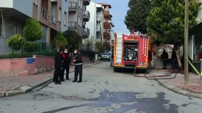 UŞAK - Bir evde meydana gelen patlamada 2 kişi yaralandı (2)