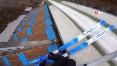 Kayakla atlama milli takımı sporcusu Fatih Arda İpcioğlu'ndan nefes kesen uçuş
