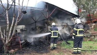 elektrik kablosu -  Ahır yandı, 12 ton buğday, bin 200 adet saman balyası kül oldu