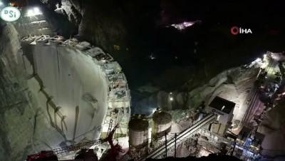 Türkiye'nin en yüksek barajının tamamlanmasına 10 metre kaldı