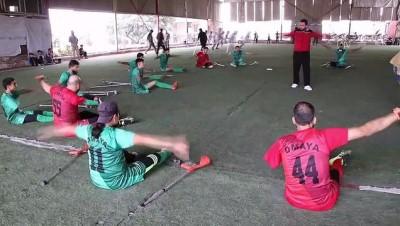 futbol maci - AFRİN - Ampute takımlar dostluk maçı yaptı