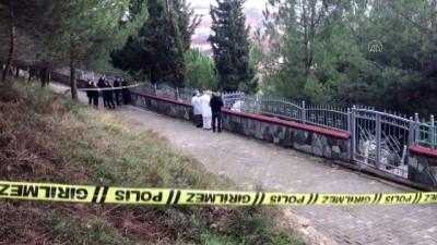 cumhuriyet - KOCAELİ -  24 yaşındaki genç mezarlıkta ölü bulundu