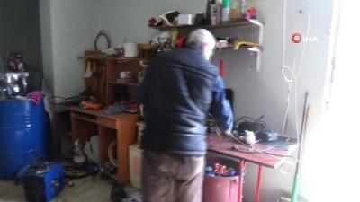 elektronik atik -  Kapıcılık yapan Zafer Ayaz, elektronik atıklardan yerli otomobil yaptı