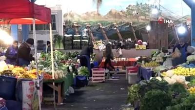 Korona virüsü semt pazarlarını da vurdu