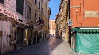 Roma sokaklarında karantina günleri - ROMA