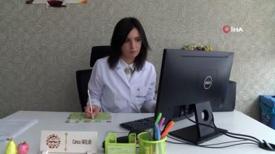 Korona virüsüne karşı bol sıvı tüketin uyarısı