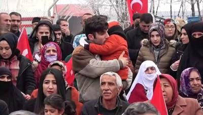 sinir guvenligi -  Mehmetçik 'Bahar Kalkanı Harekatı'na uğurlandı