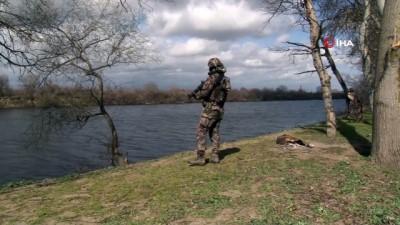 Meriç Nehri'nde güvenliği sağlamak üzere Özel Harekat polisleri konuşlanmaya başladı