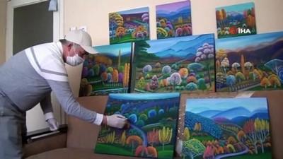 sanat muzigi -  'Evde kal' çağrısına uydu, evinin bir odasını resim atölyesine çevirdi