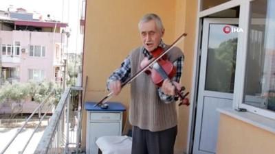 sanat muzigi -  76 yaşındaki huzurevi sakininden balkon konseri