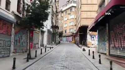 İstanbul'un sokaklarında koronavirüs sessizliği