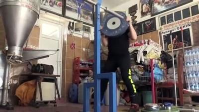 milli halterci - Şampiyon halterci değirmeni spor salonuna çevirdi - AYDIN