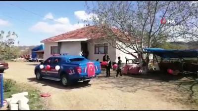 Karantina köyündeki çocuklar unutulmadı: Jandarma'dan 23 Nisan etkinliği
