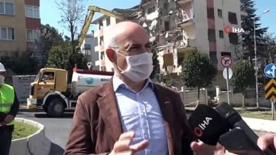deprem riski -  Büyükçekmece'de hasar gören binaların yıkımına devam edildi