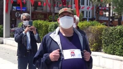 cumhuriyet meydani -  Çanakkale'de sosyal mesafeli 1 Mayıs kutlaması