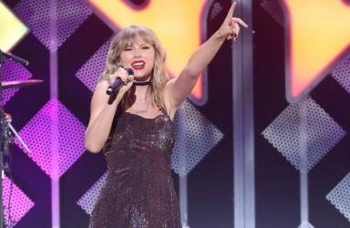 Taylor Swift iptal ettiği turnesini online veriyor