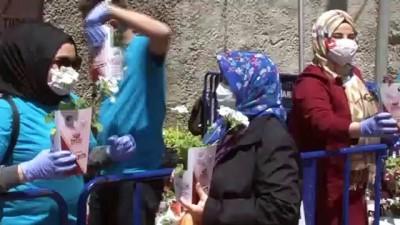 sanat muzigi -  Fatih'te 65 yaş üstü vatandaşlara bayram kutlaması