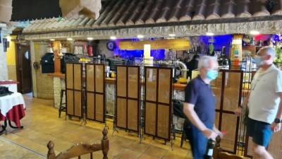 İspanya'da Kovid-19'un etkilediği restoran sektörü yeni normlara uyum sağlamaya çalışıyor - MADRİD