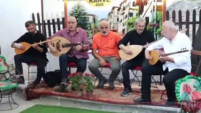 Devlet Sanatçısı Sadi Yaver Ataman türkülerle anıldı - KARABÜK