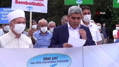 hakkaniyet -   Van SDİ, Ayasofya sevincini tatlı ikramıyla paylaştı