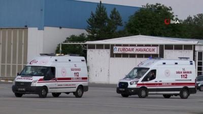 ambulans ucak -  Kırgızistan'da korona virüse yakalanan 4 kişi Türkiye'ye getirildi
