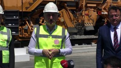 """yuksek hizli tren -  Bakan Karaismailoğlu:""""Hedefimiz 2023 yılına 3 bin 500 kilometre demir yolu hattı ile girmek"""""""