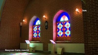 bayram namazi -  - Azerbaycan'da bayram namazı cemaatsiz kılındı