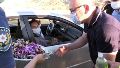 Vali Şimşek'ten sürücülere çikolatalı uyarı - NİĞDE