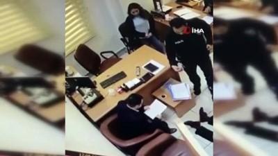 bosanma davasi -  Adliye koridorunda kadın avukata böyle tokat attı