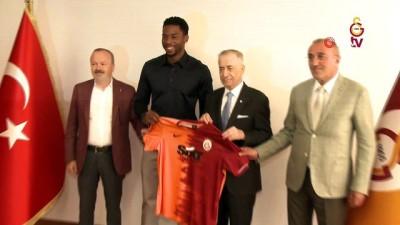 Mustafa Cengiz: 'Donk, Galatasaray'a kalpten de bağlı olduğunu kanıtladı'