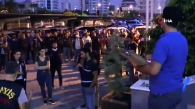 Zorla fuhuş yaptıranlara 'koli' operasyonu: 80 gözaltı