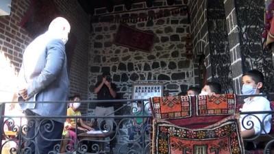 Görevlendirme yapılan Sur Belediyesi 'Çocuk Kütüphanesi ve Bilgi Evi' açtı - DİYARBAKIR