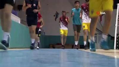 voleybol takimi - Mahalleli gençlerden kurulan takım, profesyonel lige yükseldi