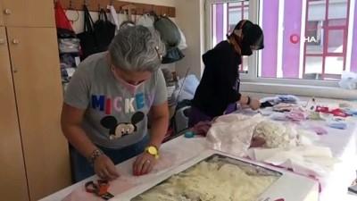 ozel okul -  Bu da maske trendi, renkli maskeler çocuklar ve yetişkinler için üretiliyor