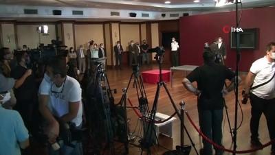 Fatih Sultan Mehmet portresi İBB'deki yerini aldı