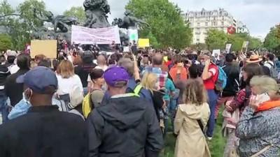 - Paris'te maske takma zorunluluğu ve aşı yapılmasına karşı eylem düzenlendi