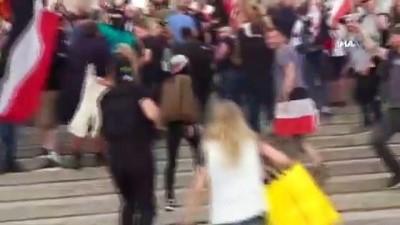 - Berlin'deki mitingde protestocular meclise girmek istedi