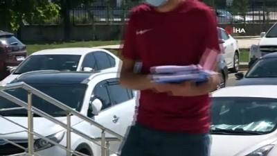 Bolu'da, iç çamaşırında uyuşturucuyla yakalandı
