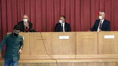 Bilim Kurulu Üyesi Prof. Dr. Serhat Ünal:Zatürre aşısı antikora karşı korumaz'
