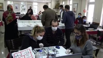 - Ardahan'da öğretmenlere robotik kodlama eğitimi